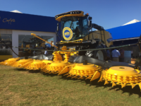 New Holland, forrageira